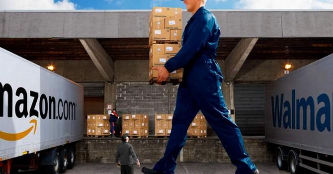 Amazon – Walmart và cuộc cạnh tranh khốc liệt giữa hai đại gia bán hàng của Mỹ