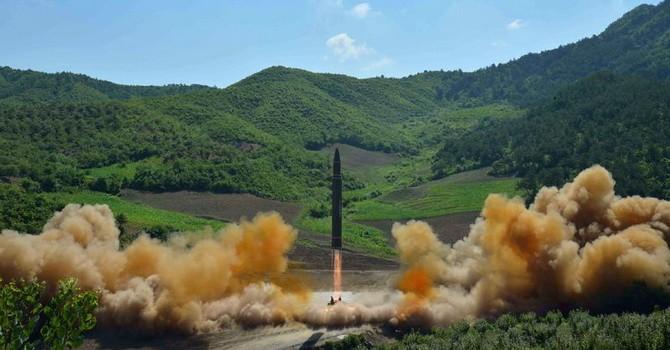 Trừng phạt Triều Tiên thái quá sẽ gây ra phản ứng tiêu cực bất ngờ?
