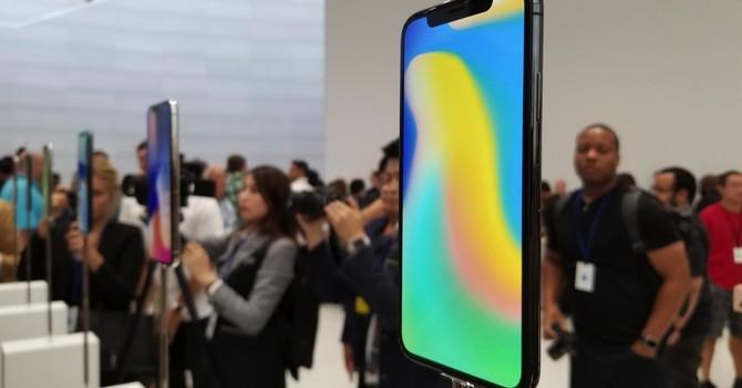 Siêu phẩm điện thoại mới của Apple liệu có tạo cú sốc lợi nhuận?