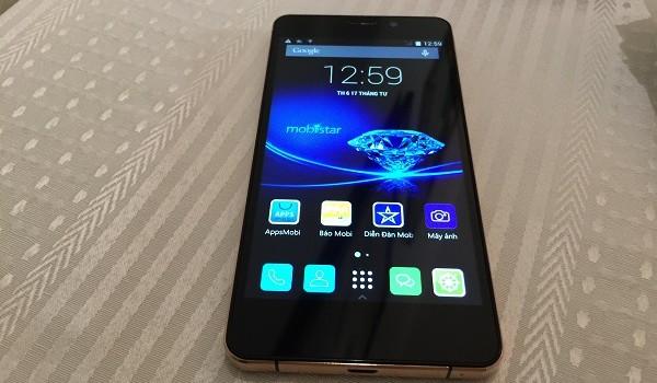 """Cận cảnh smartphone mạ vàng """"thật"""" Mobiistar Prime X"""