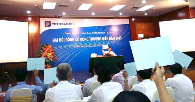 """ĐHĐCĐ Hóa dầu Petrolimex: """"Đặt kế hoạch khiêm tốn có phải để lãnh đạo bớt áp lực?"""""""