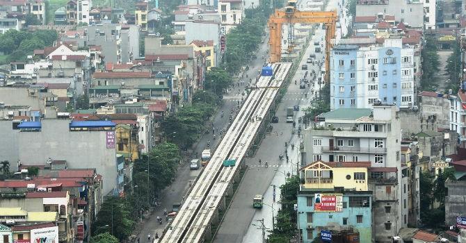 """Địa ốc 24h: Đường sắt trên cao """"bất động"""", mời tổng thầu Trung Quốc sang làm việc"""