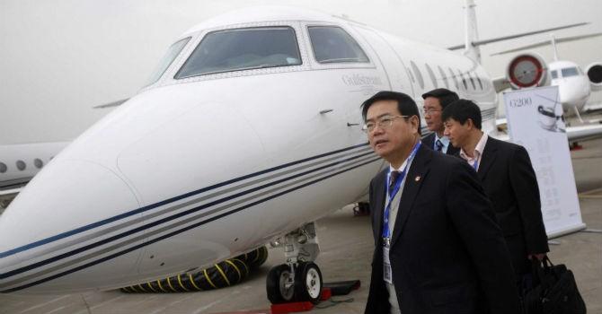 Vì sao tỷ phú Trung Quốc chuộng mua máy bay cũ?