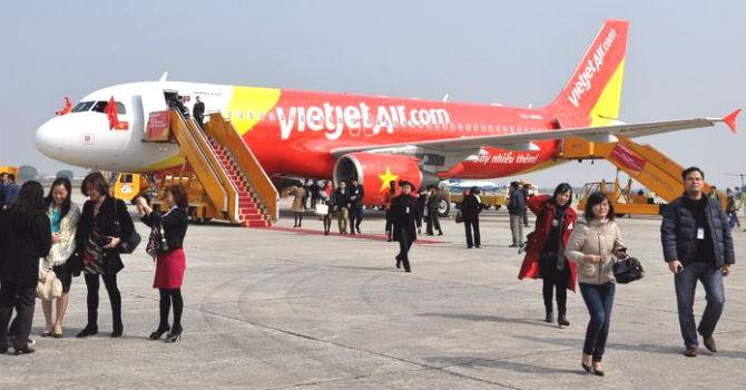 Gần 900.000 khách thông qua cảng hàng không Việt Nam dịp nghỉ lễ