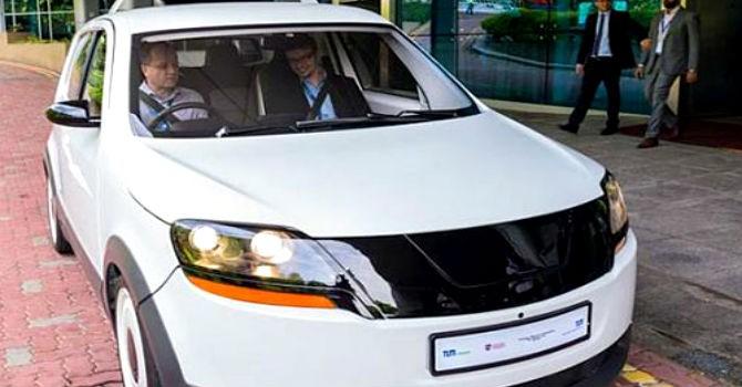 Taxi điện sạc 15 phút chạy 200km