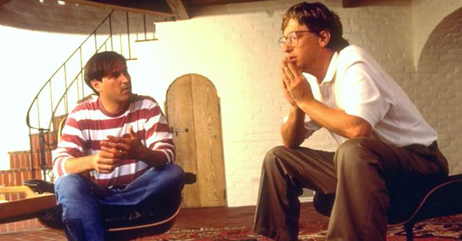 "Điều gì khiến Steve Jobs ""chậm hiểu"" sau Bill Gates tới 20 năm?"