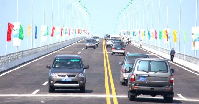 Thông xe cầu 2.300 tỷ đồng nối Trà Vinh - Bến Tre