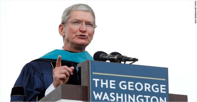 """Tim Cook """"hé lộ"""" cách Steve Jobs đã thay đổi cả thế giới"""