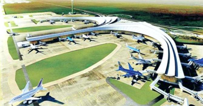 """Địa ốc 24h: """"Khẩu chiến"""" quanh sân bay Long Thành"""