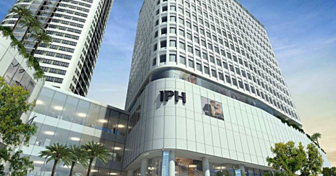 """Địa ốc 24h: Đại gia Hồng Kông """"mua đứt"""" tháp đôi Indochina Plaza Hà Nội"""
