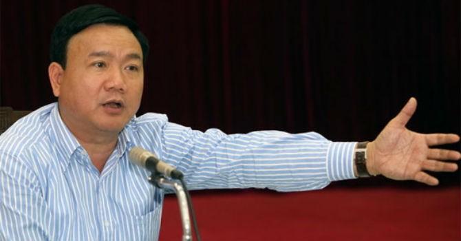 Địa ốc 24h: Bộ trưởng Thăng lý giải chuyện mua tàu Trung Quốc