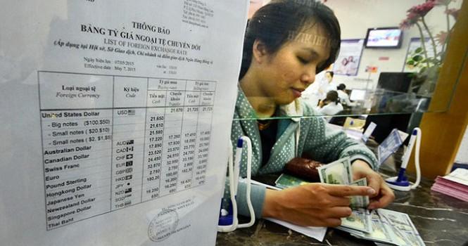 Đã có đề nghị phá giá đồng tiền Việt Nam mạnh hơn nữa