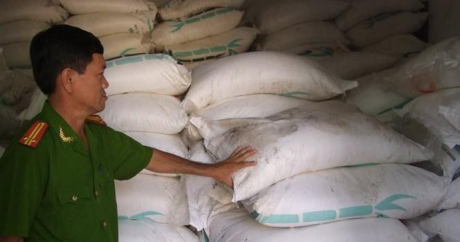 Bắt gần 42 tấn đường cát nhập lậu từ Campuchia