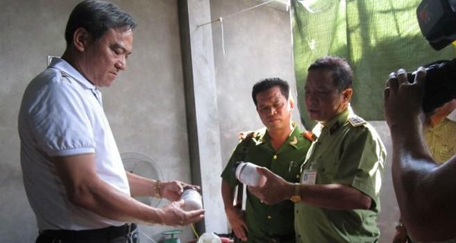 Hà Nội: Vừa bị xử phạt, công ty đổi tên tiếp tục sản xuất hóa mỹ phẩm giả