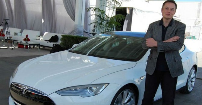 Uber có thể sẽ mua 500.000 xe tự lái của Tesla trong thời gian tới
