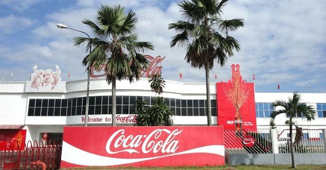 """Đà Nẵng """"dọa"""" rút giấy phép Coca-Cola nếu không xử lý nước thải"""