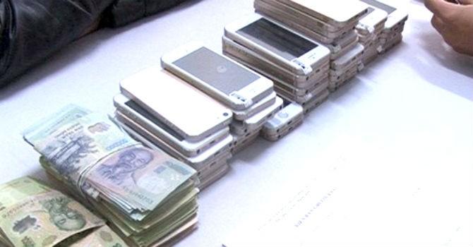 Rộ chiêu lừa bán điện thoại iPhone dỏm, lấy tiền và thẻ cào