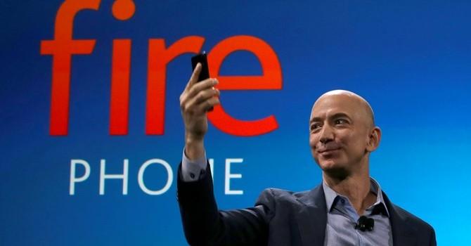 """Nhìn lại 4 bài học từ """"thảm họa"""" Amazon Fire Phone"""