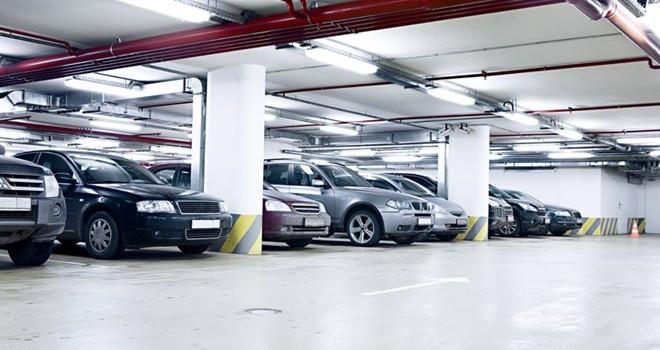 Hà Nội: Nghịch lý một chỗ đỗ xe 10m2 giá gần...1 tỷ đồng