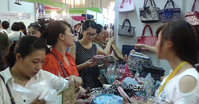 Triển lãm hàng Thái, sức nóng chưa hề giảm với người tiêu dùng Việt
