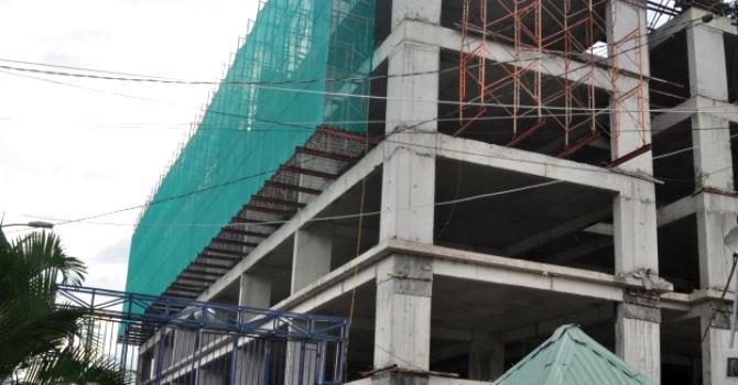 """TP.HCM """"trảm"""" hai công trình xây dựng không phép"""