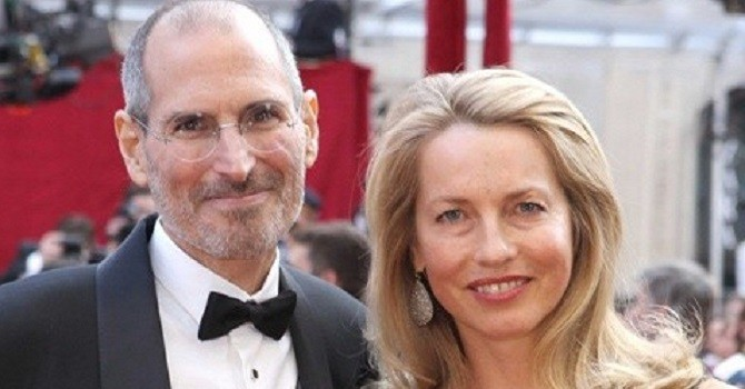 """Vợ Steve Jobs: Nữ """"phù thủy"""" với khối tài sản tỷ USD"""