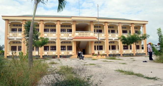 Trường mới xây 6 tỷ bỏ hoang chỉ sửa trong 7 ngày