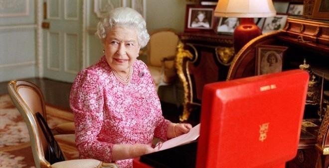 Nữ hoàng Anh không giàu như bạn nghĩ