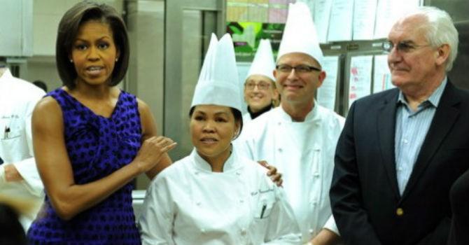 Người Philippines thống trị các căn bếp toàn cầu như thế nào?