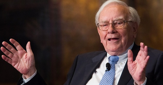 Tỷ phú Warren Buffet định nghĩa thành công mà không dùng đến tiền