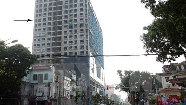 Xử phạt chủ đầu tư của toà nhà 8B Lê Trực 100 triệu đồng