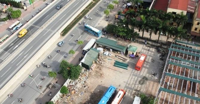 """Địa ốc 24h: Kinh doanh tại công trình không phép, Trần Anh từ chối """"bình luận"""""""
