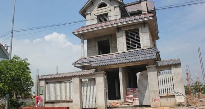 Biệt thự bỏ hoang ở Sài Gòn được mua bán như thế nào?