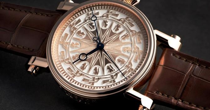 Đồng hồ họa tiết trống đồng giá 3 tỷ được làm như thế nào?