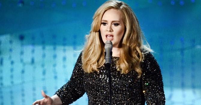 6 bài học kinh doanh từ nữ ca sĩ Adele