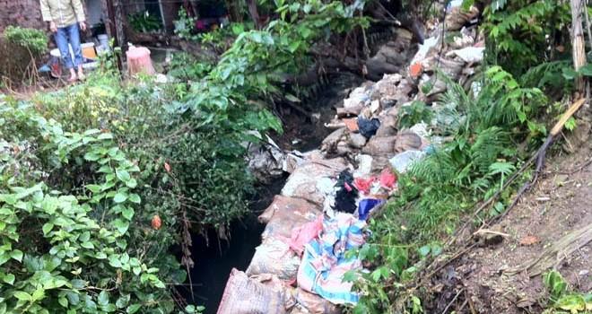 Cống hóa mương ở quận Ba Đình, Hà Nội: Vì sao không đi thẳng lại đi gấp khúc?