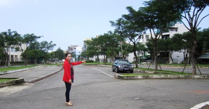 Đà Nẵng: Dân lo tai nạn khi công viên hóa bãi đỗ xe