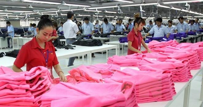"""Báo Singapore giải mã """"phép lạ"""" của kinh tế Việt Nam năm 2015"""