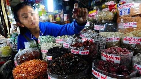 37 tấn hàng hoa quả khô nhập khẩu nghi nhập lậu từ Trung Quốc