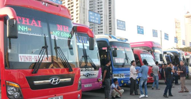 Giá xăng giảm, Bộ Tài chính thúc doanh nghiệp vận tải giảm cước