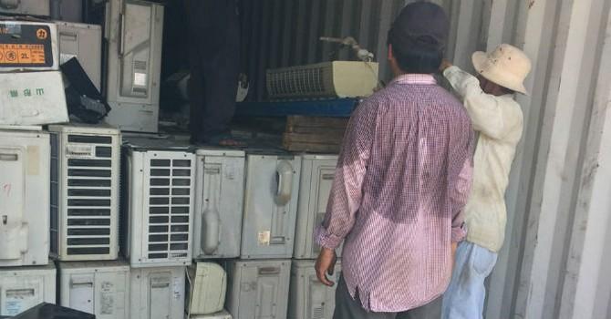 Phát hiện lô hàng máy lạnh, máy tính lớn nhập lậu