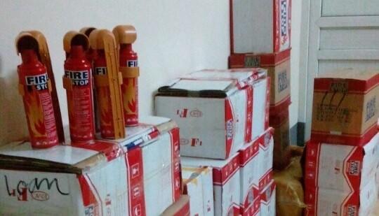 Thu giữ hơn 300 bình cứu hỏa Trung Quốc nhập lậu