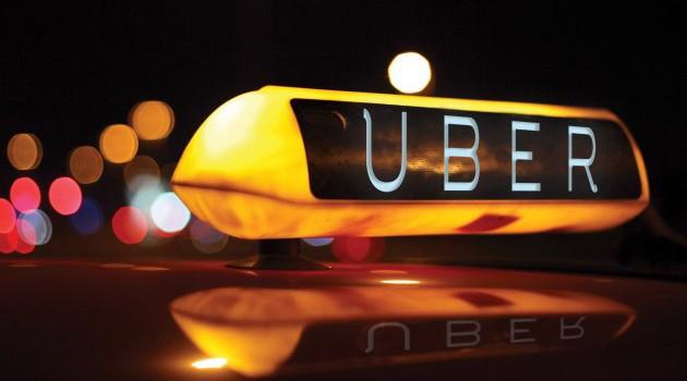 Tài xế đình công phản đối quy định mới của Uber