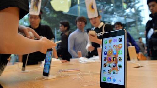 Vì sao iPhone liên tục giảm giá sốc giáp tết?