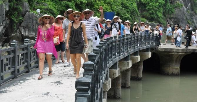 Khách quốc tế đến Việt Nam tháng 1/2016 tăng mạnh