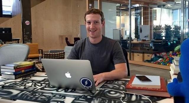 Qua 1 đêm, CEO Facebook lọt top 6 người giàu nhất thế giới