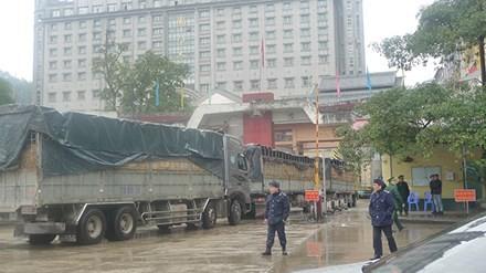 Áp Tết, tin mừng từ cửa khẩu Tân Thanh