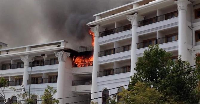 Khách sạn Bavico Plaza Đà Lạt ngùn ngụt cháy lớn ngày giáp tết