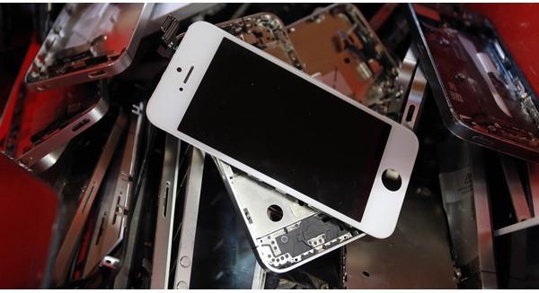 """Địa điểm bí mật - nơi """"yên nghỉ"""" của hàng triệu chiếc iPhone cũ"""