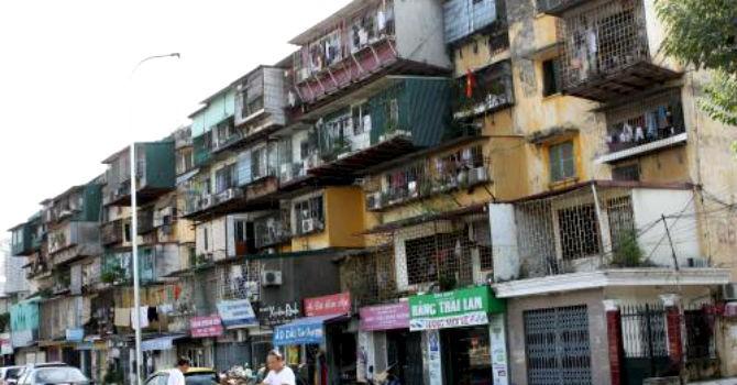 Hà Nội lập phương án di dân hai chung cư xuống cấp nghiêm trọng